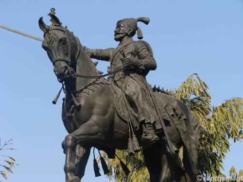 Baroda Statue