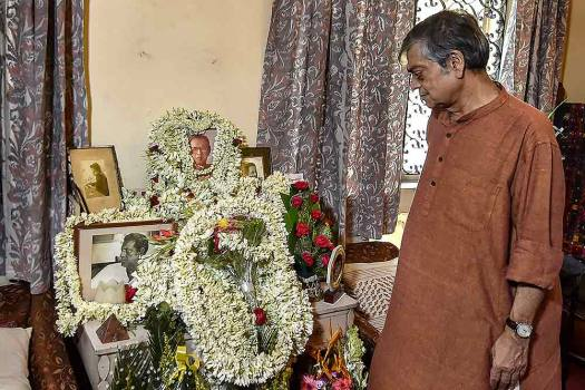 Sandip Ray pays tribute to his father on Satyajit Rays 98th birth anniversary, at his residence in Kolkata