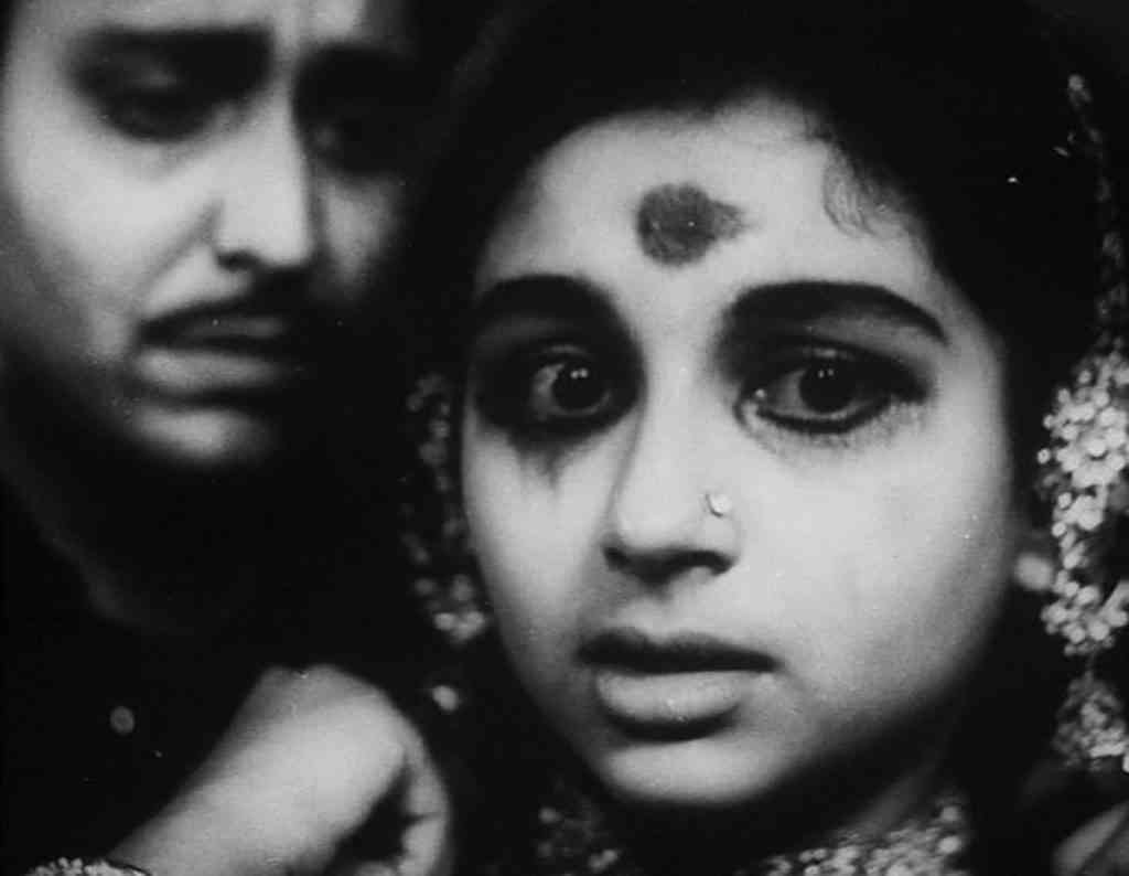 Sharmila Tagore and Soumitra Chatterjee in Devi (1960), which Tagore says is her favourite performance. Courtesy Satyajit Ray Productions